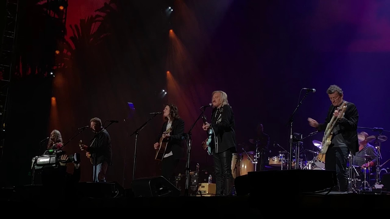 Eagles extend 2018 tour of North America into late fall