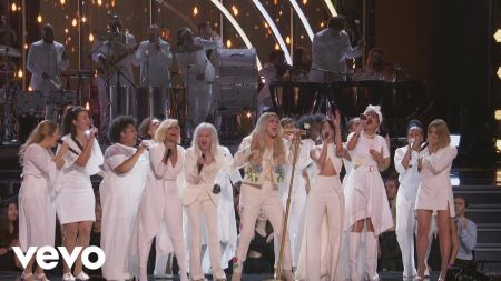 Kesha gives emotional performance of 'Praying' at the Grammy Awards