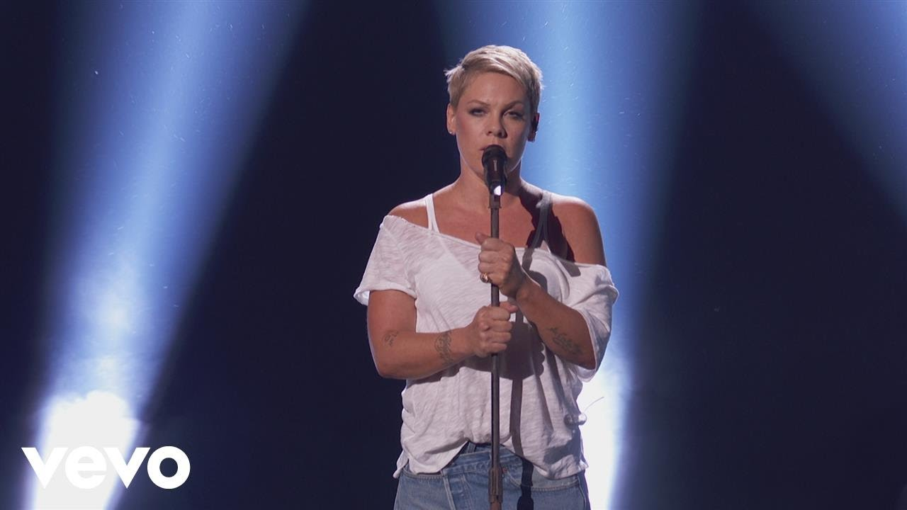 P!nk gives beautiful performance of 'Wild Hearts Can't Be Broken' at the Grammys