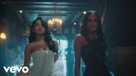 Becky G and Natti Natasha throw sexy slumber party in 'Sin Pijama' music video