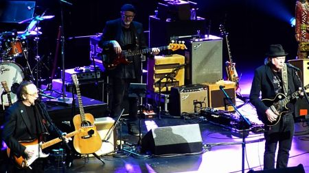 Watch: Stephen Stills jam with Neil Young on 'For What It's Worth' in Los Angeles