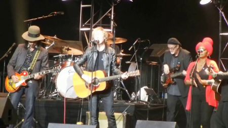 Watch: The Heartbreakers play with Beck and others at first show since Tom Petty's death