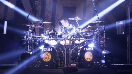 Anthrax gears up for summer tour, unleashes new concert DVD