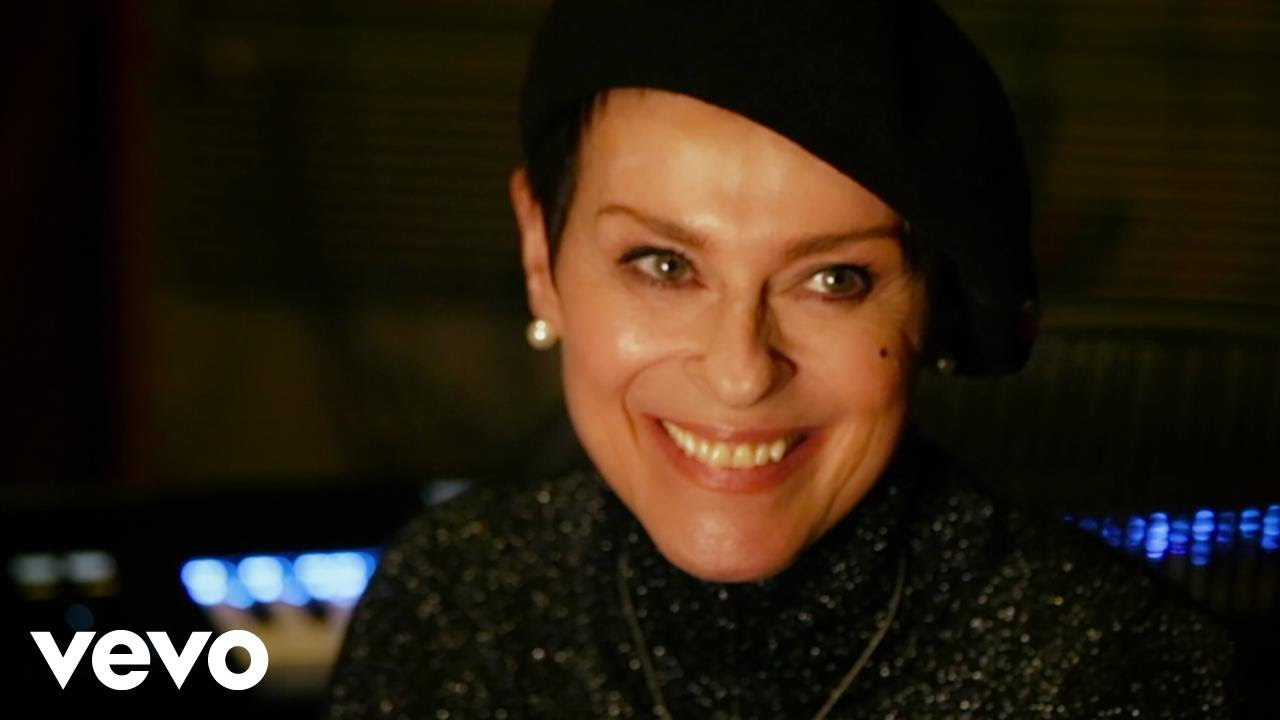 Interview: Been around the world and still loved, Lisa Stansfield is back with 'Deeper'