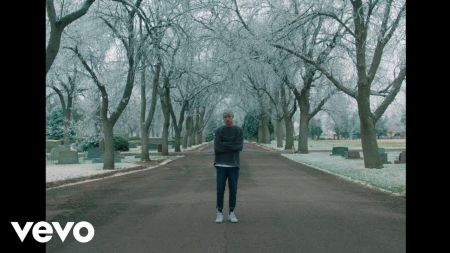 Jeremy Zucker announces first-ever headlining tour of the US