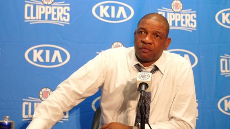 LA Clippers sign coach Doc Rivers to contract extension