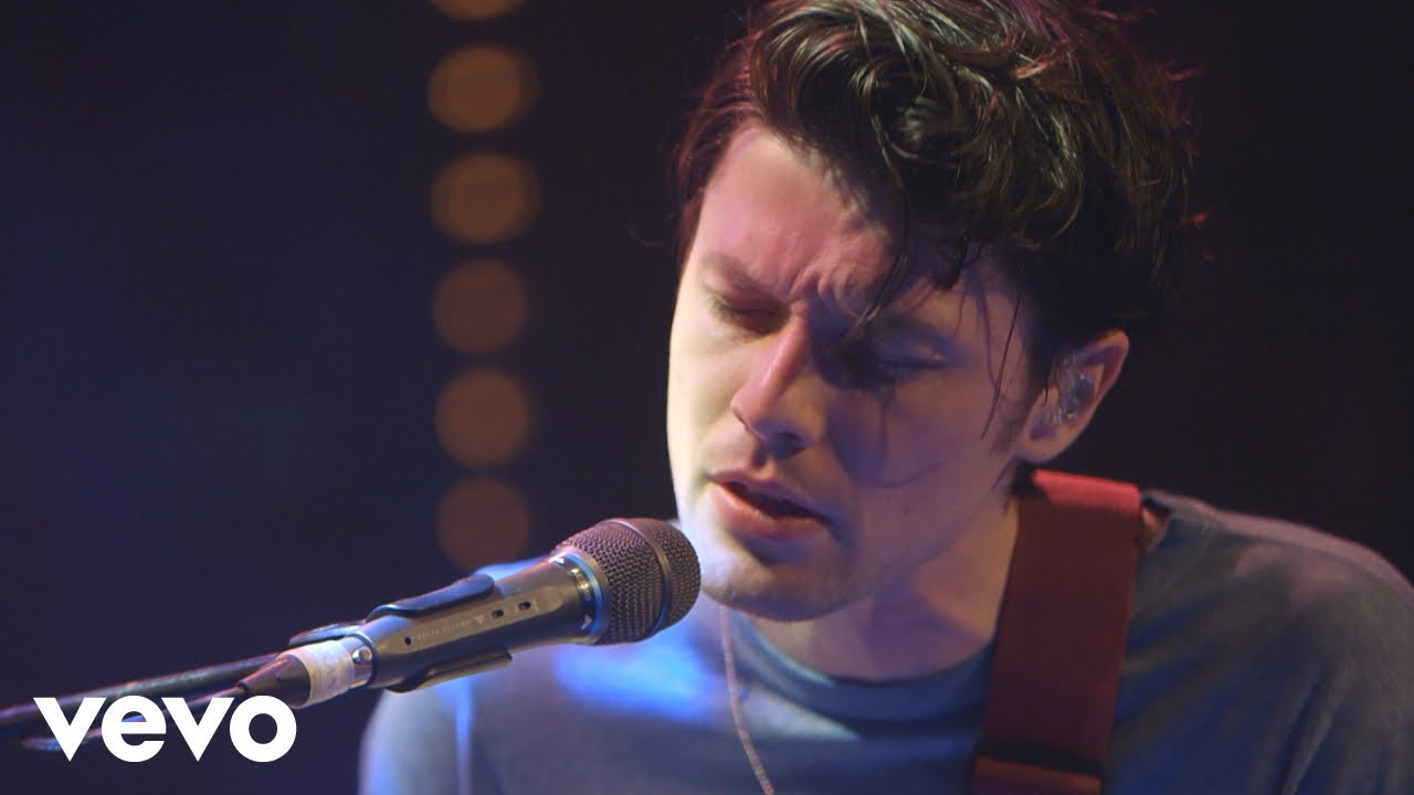 Watch: James Bay delivers stripped down mashup cover of Taylor Swift's 'Delicate'