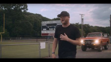 KSCS Country Fest '18 bringing Cole Swindell to Dallas