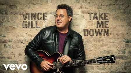 Vince Gill announces 2018 tour dates