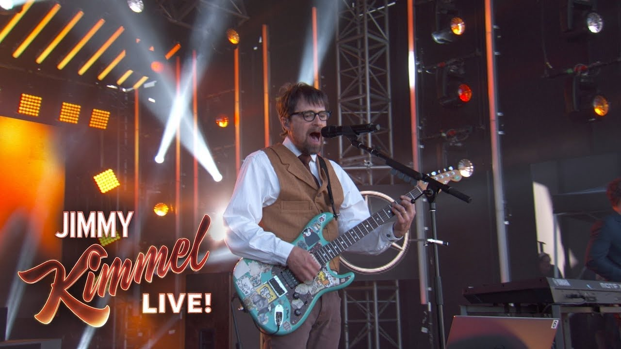 Watch: Weezer perform 'Africa' on 'Jimmy Kimmel' with help from Toto's Steve Porcaro