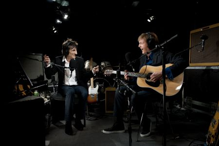 AXS TV summer programming lineup sizzles with U.S. TV debut of 'The Ronnie Wood Show 'July 11