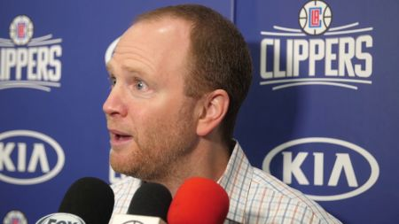 LA Clippers add assistant coach