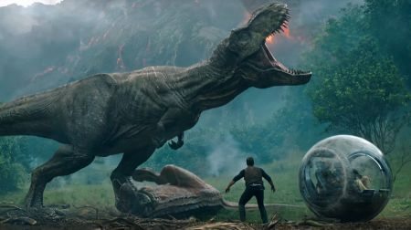 Review: 'Jurassic World: Fallen Kingdom' drives the franchise into the ground