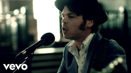 "Watch: Gaz Coombes releases new music video for ""Wounded Egos"""