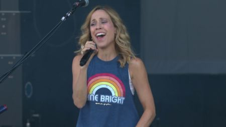 Listen: Sheryl Crow ditches the record label to share new single, 'Wouldn't Want To Be Like You'
