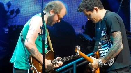 Watch: Bon Iver's Justin Vernon joins Dead & Company onstage in Wisconsin
