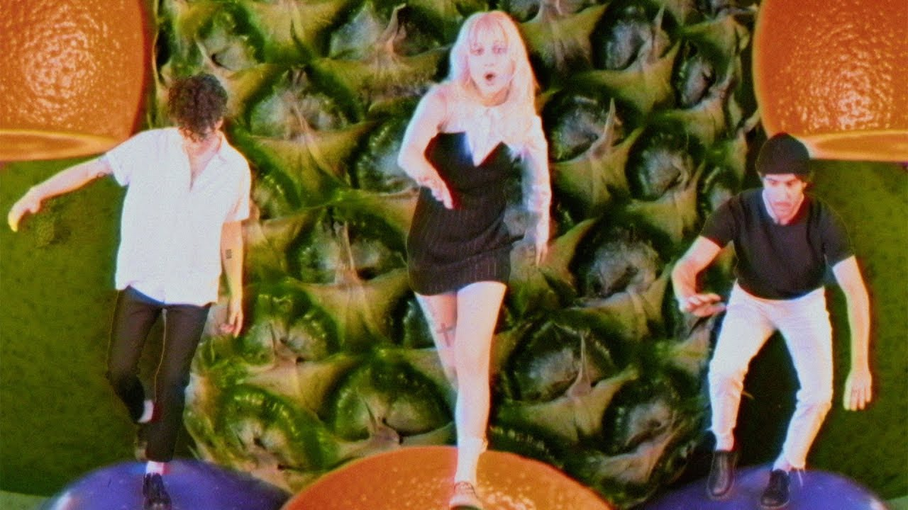 Watch: Paramore release colorful video for new single 'Caught In The Middle'