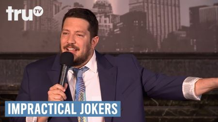 5 reasons to see Sal Vulcano & Friends live