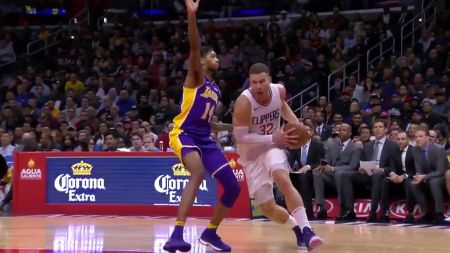 LA Clippers await word on Blake Griffin injury
