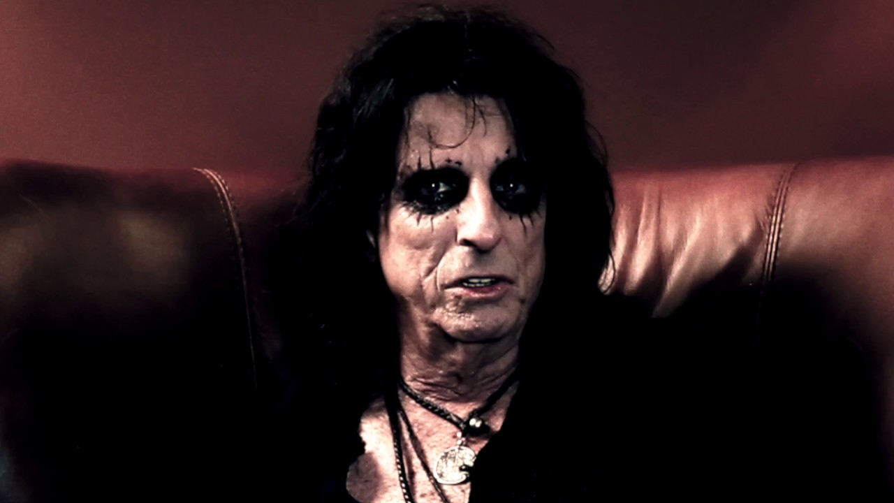 Alice Cooper announces live album, 'A Paranormal Evening at the Olympia Paris'