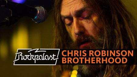 Chris Robinson Brotherhood extends 2018 tour with new fall dates