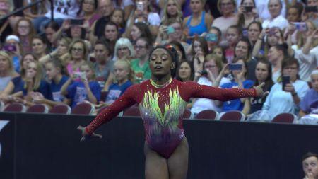 Olympic champion Simone Biles returns, wins 2018 U.S. Classic