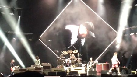 Watch: Foo Fighters jam 'Ain't That a Shame' with Cheap Trick's Rick Nielsen in Chicago