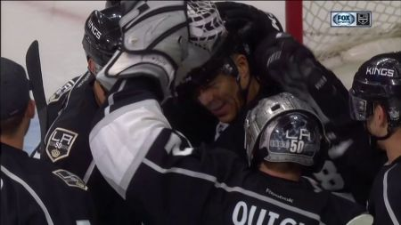Former LA Kings right winger Jarome Iginla retires