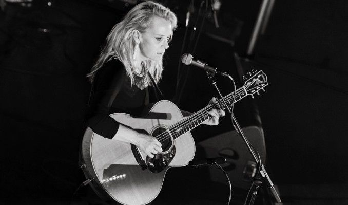 Mary Chapin Carpenter tickets at Parker Playhouse, Ft. Lauderdale