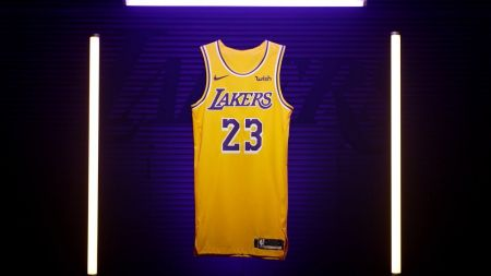 9bbd376fc0be Los Angeles Lakers receive early-season schedule