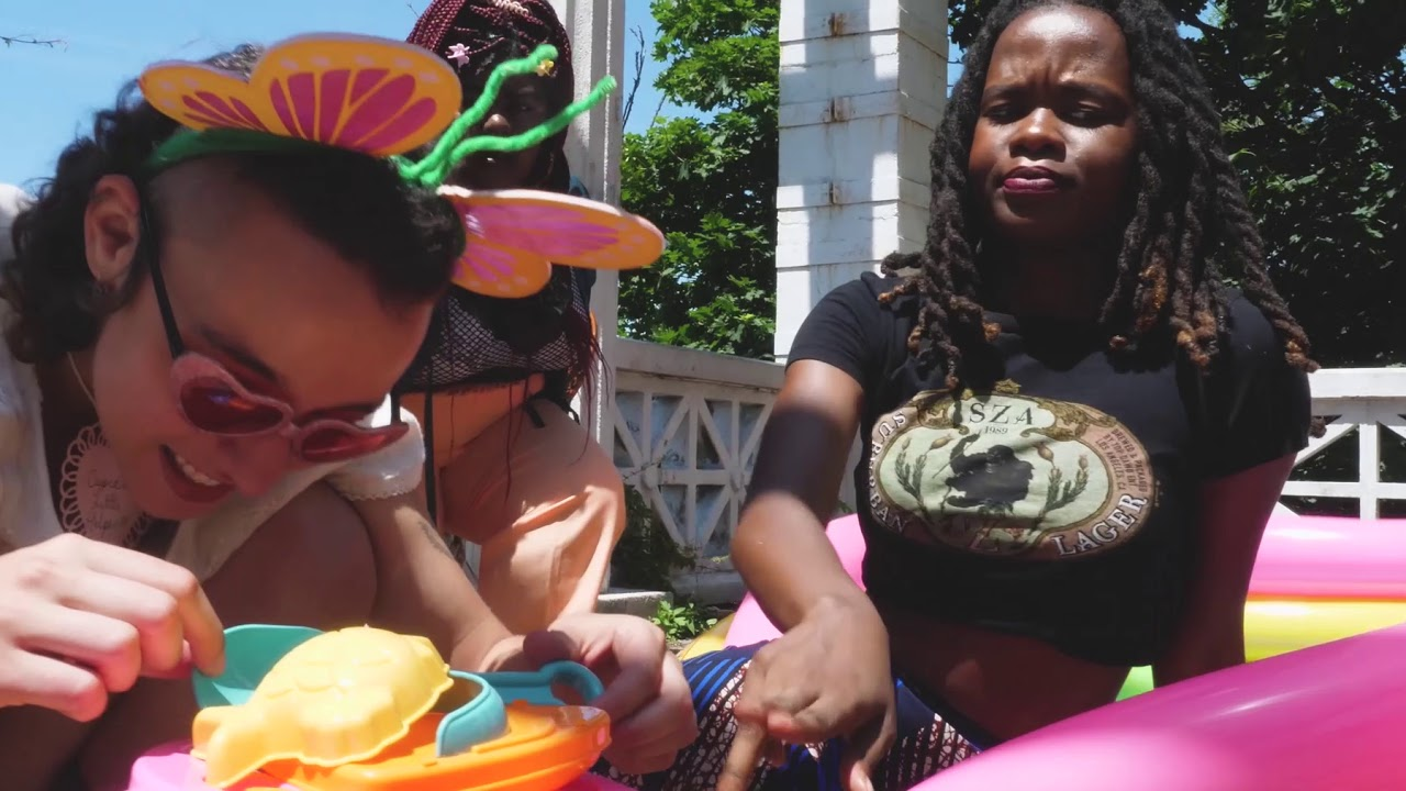 Interview with New York City's dashing dino dames T-Rextasy