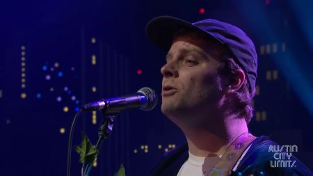 Mac DeMarco creates record label, announces first ever solo tour