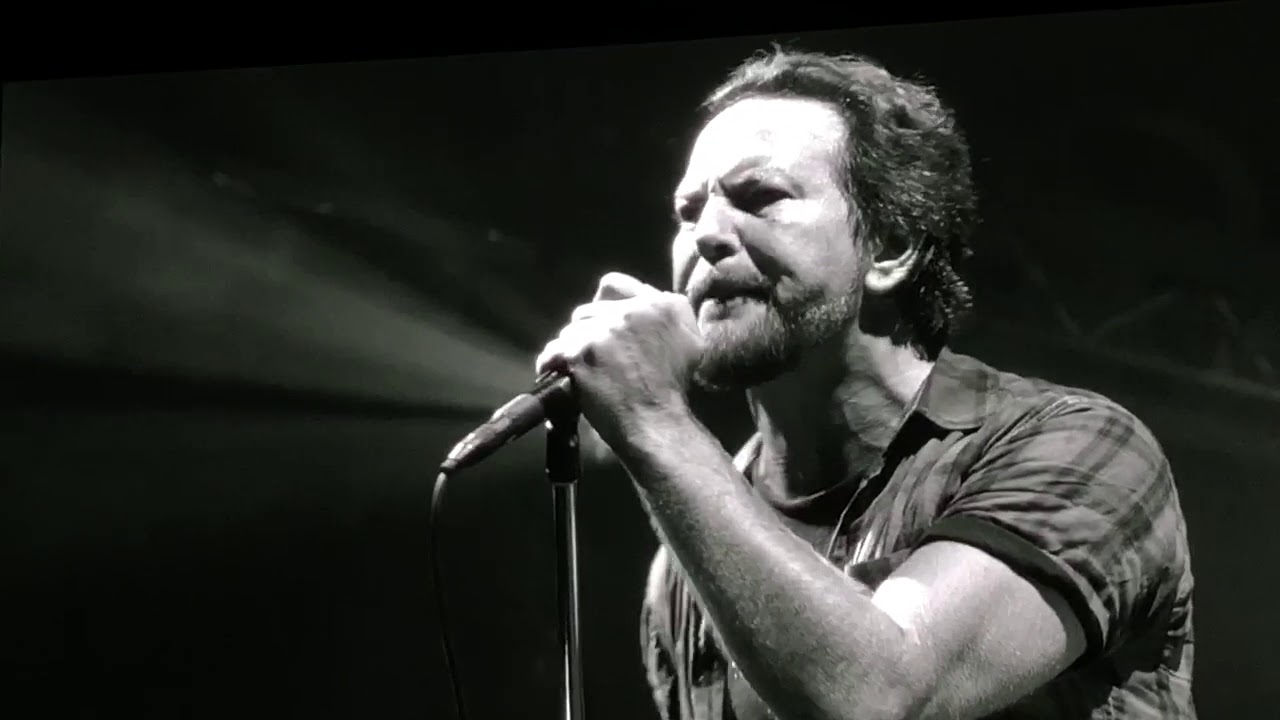 Watch: Pearl Jam cover Chris Cornell's 'Missing' at Seattle show