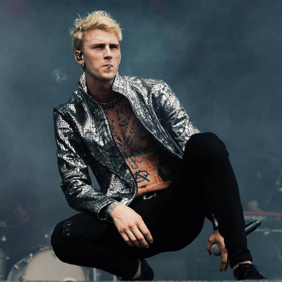 aeg presents machine gun kelly