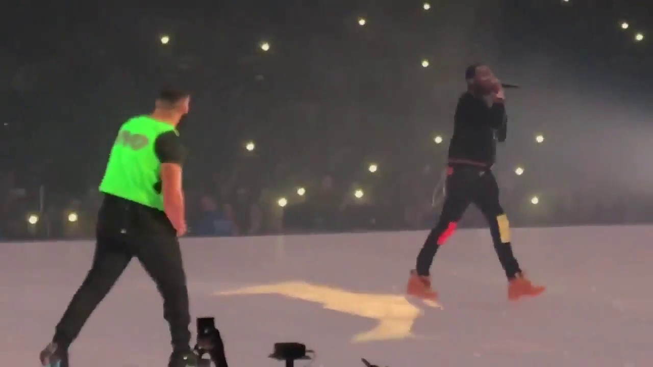 Drake and Meek Mill end feud at TD Garden concert