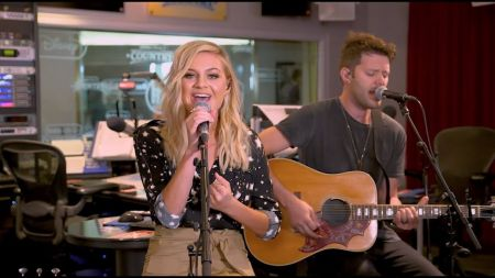 'The Voice' adds Kelsea Ballerini as fifth coach for 'Comeback Stage' online series
