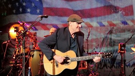 James Taylor unveils 2019 Las Vegas spring run