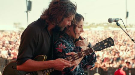 Lady Gaga and Bradley Cooper's 'A Star Is Born' holding sneak-preview screenings at select AMC Theaters