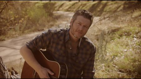 Blake Shelton announces free shows in Texas, joins 'UglyDolls' movie cast