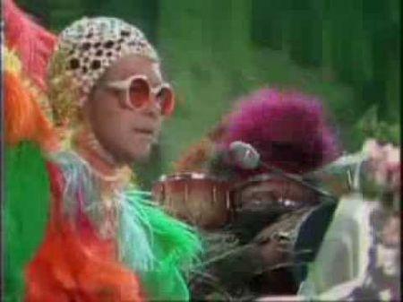 Elton John's top 5 outfits