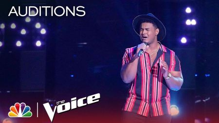 Watch: 'The Voice' contestant DeAndre Nico delivers spellbinding Bruno Mars cover