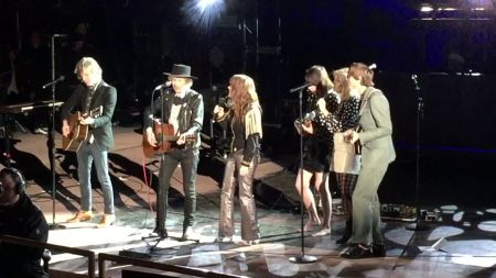 Watch: Beck, Jenny Lewis perform 'Harvest Moon' under the Harvest Moon at Red Rocks
