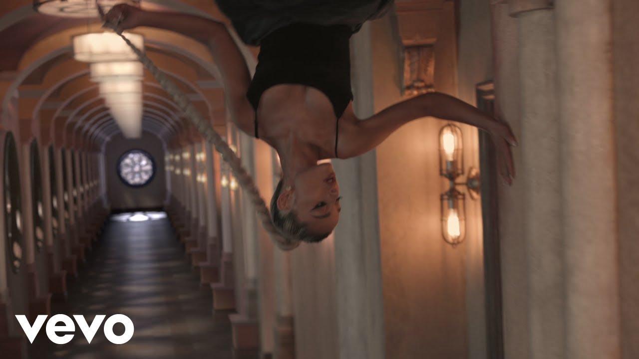 Ariana Grande to launch immersive 'Sweetener' exhibit in New York