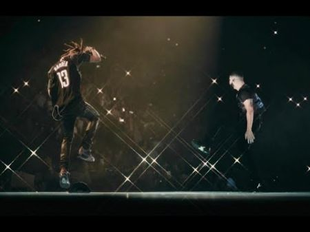578033d706c5 Watch: Drake brings out Travis Scott in Houston to perform 'Sicko Mode'