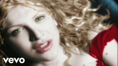 Courtney Love releasing capsule clothing collection