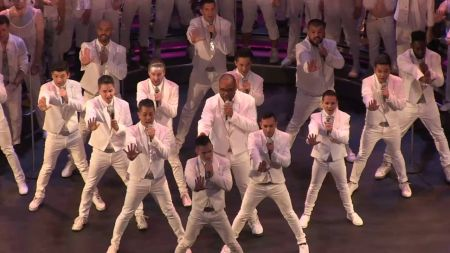 Gay Men's Chorus of LA to perform anthem during LA Laker's first-ever Pride Night