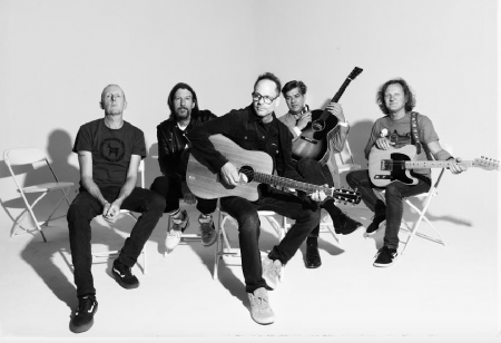 Interview: Gin Blossoms' Robin Wilson discusses the band's new album, 'Mixed Reality'