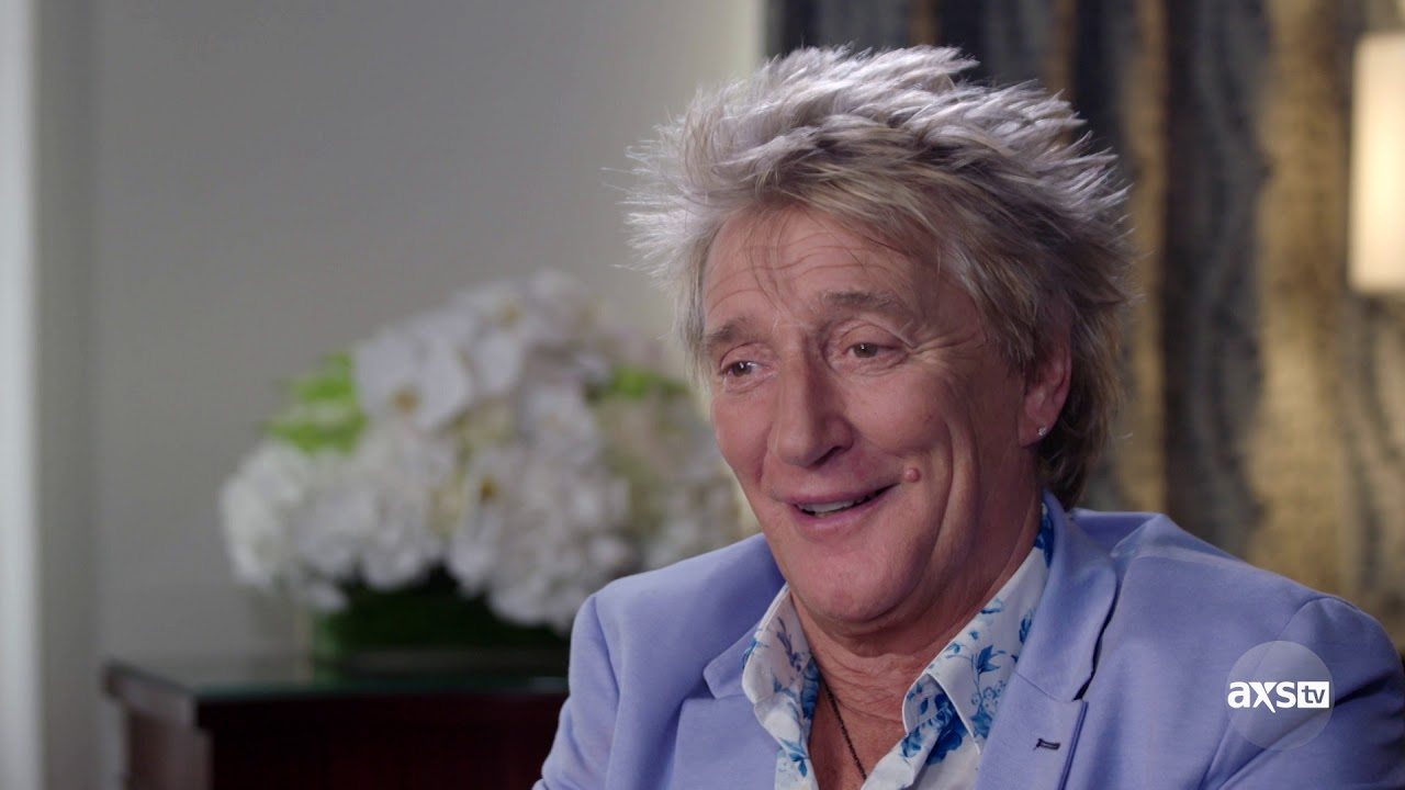 Sneak peek: Rod Stewart talks early band days on 'The Big Interview' airing Oct. 9 on AXS TV