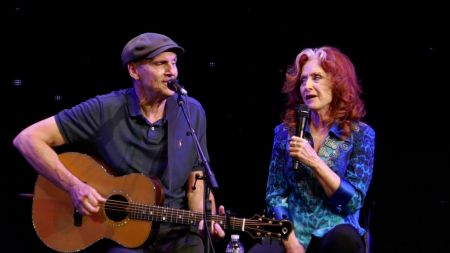 James Taylor adds 2019 US tour dates with Bonnie Raitt
