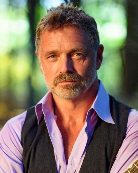 Interview: John Schneider discusses 'Dancing With The Stars', new music and downloadable App